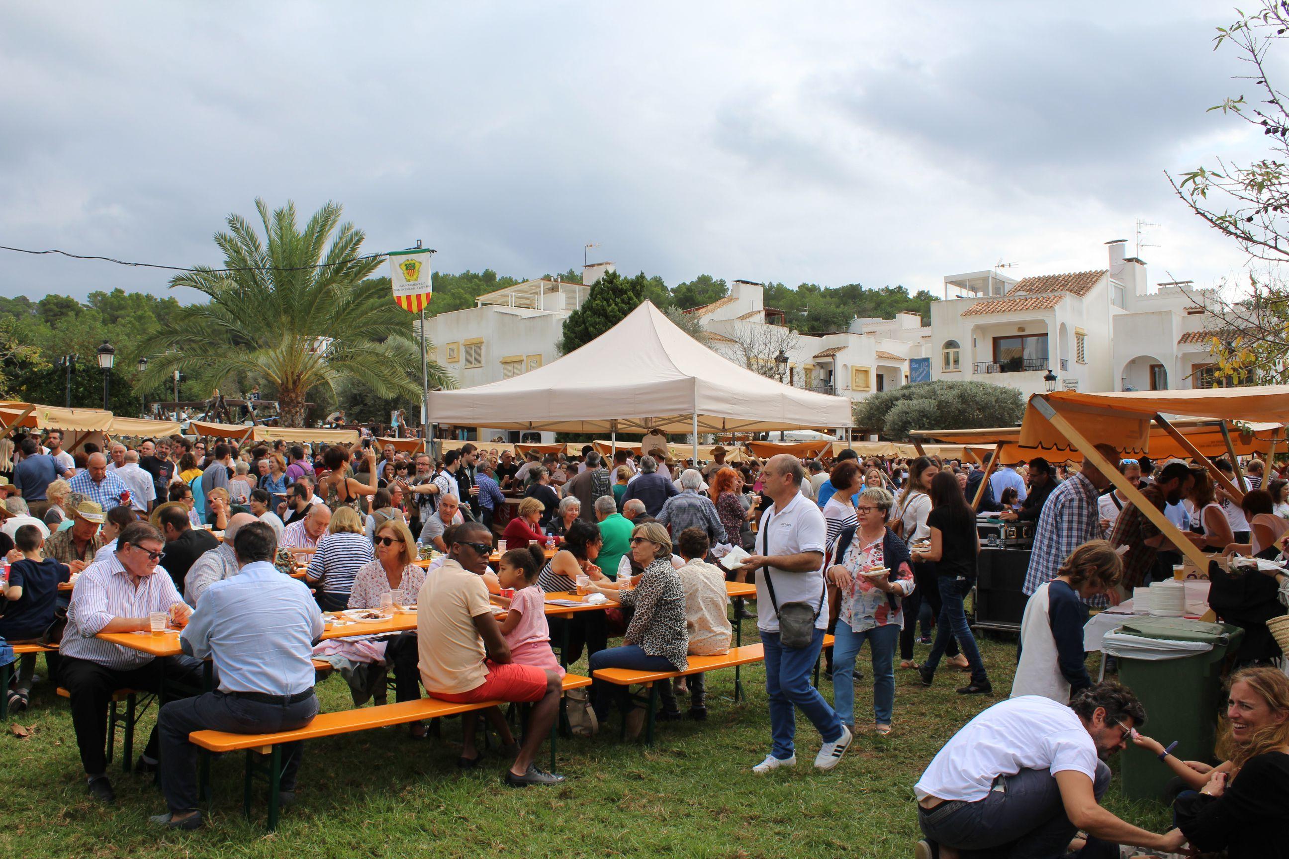 Fira Des Calamar traditional ibiza Food events