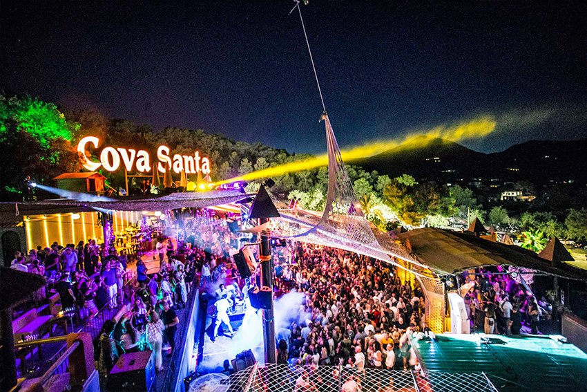 PURA SANTA AT COVA SANTA ON SATURDAYS
